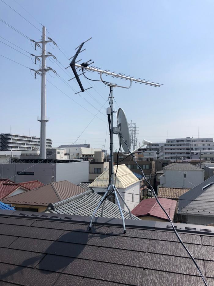 足立区東和|UHFアンテナ+BSアンテナ工事