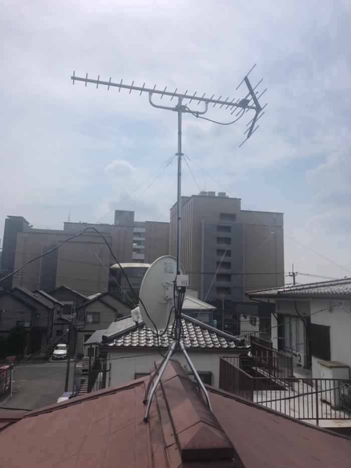 川口市上青木 UHFアンテナ+BS/CSアンテナ工事