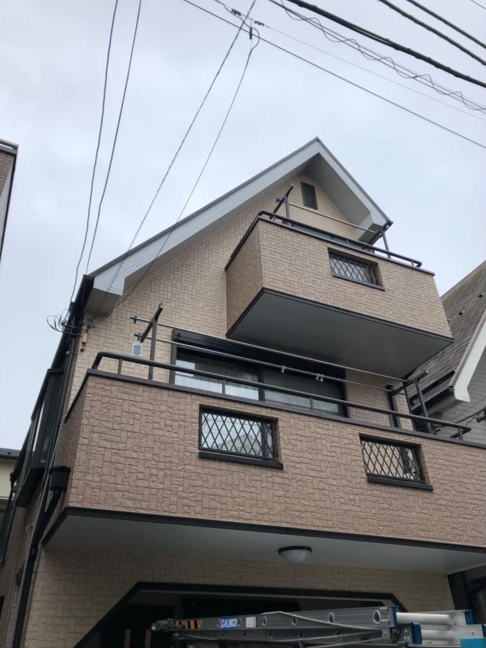 江戸川区北小岩|デザインアンテナ+BS/CSアンテナ工事