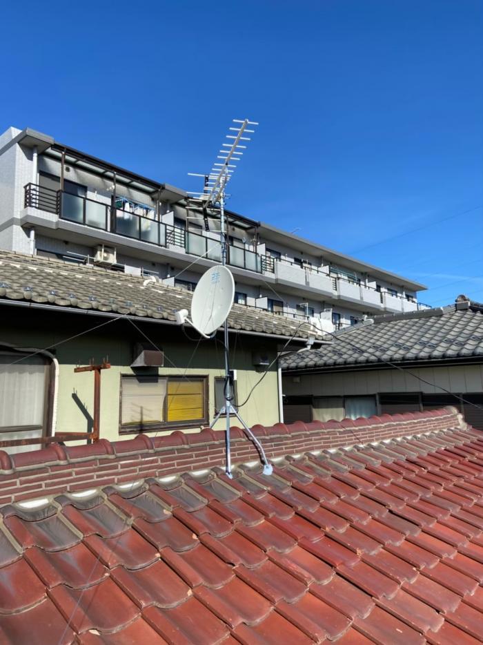 鴻巣市東|UHFアンテナ+BS/CSアンテナ工事