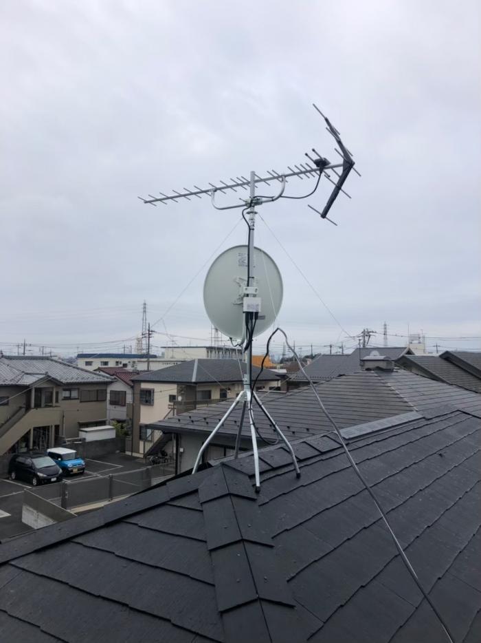 草加市谷塚町 UHFアンテナ+BS/CSアンテナ工事