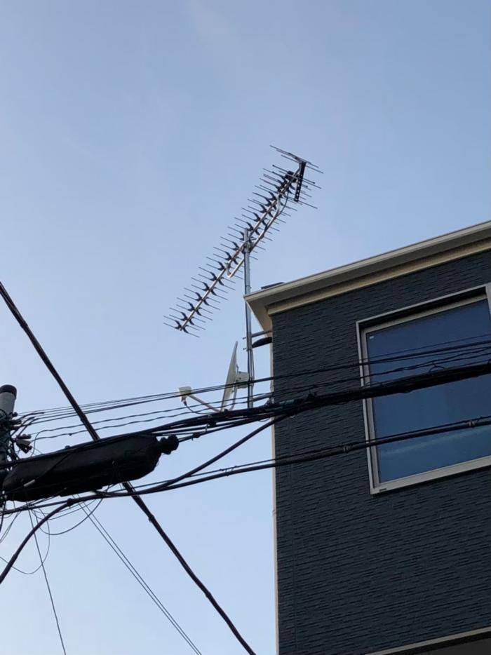 稲毛区天台|高性能UHFアンテナ+BS/CSアンテナ工事