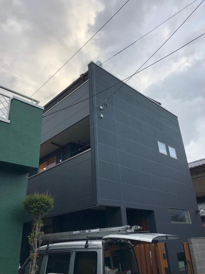 さいたま市南区大谷口 デザインアンテナ+BS/CSアンテナ工事