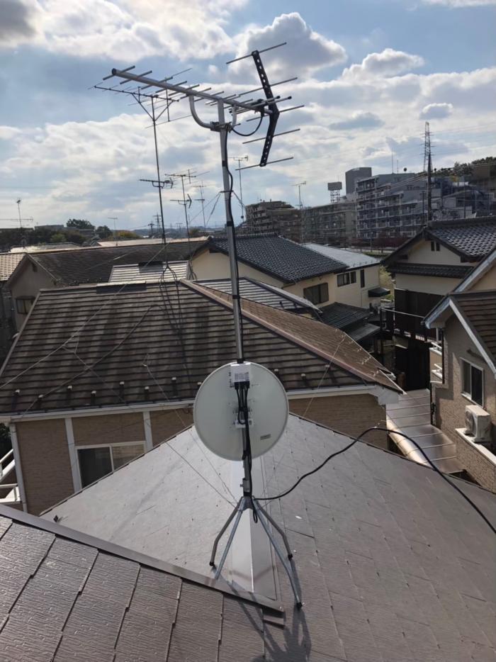 多摩市和田 UHFアンテナ+BS/CSアンテナ工事