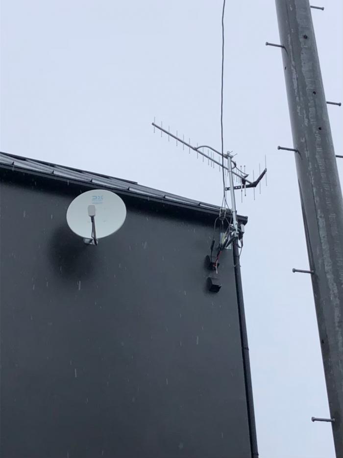 茅ヶ崎市小桜町|UHFアンテナ+BS/CSアンテナ工事